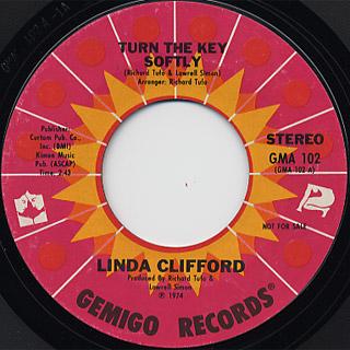 Linda Clifford / Turn The Key Softly (Stereo) c/w (Mono)