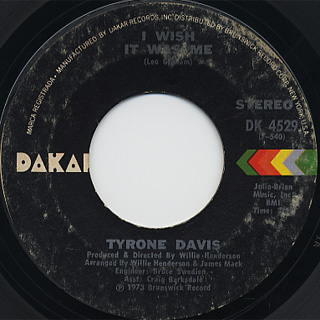 Tyrone Davis / You Don't Have To Beg Me To Stay c/w I Wish It Was Me back