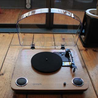 ION Audio / Max LP back