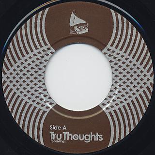 Quantic Soul Orchestra / Pushin' On (7