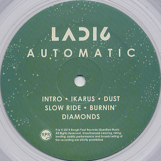 Ladi6 / Automatic label