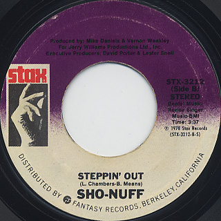 Sho-Nuff / I Live Across The Street c/w Steppin' Out back
