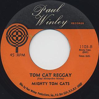 Mighty Tom Cats / Soul Makossa c/w Tom Cat Reggay back
