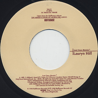 Lauryn Hill / Doo Wop (That Thing) c/w Lost Ones (Remix) label