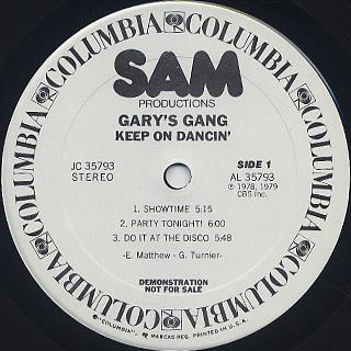 Gary's Gang / Keep On Dancin' label