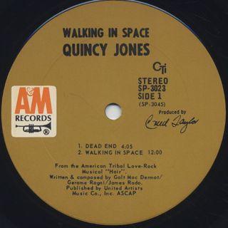 Quincy Jones / Walking In Space label