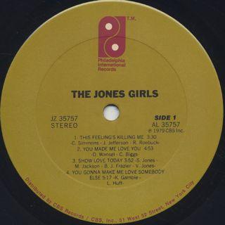 Jones Girls / S.T. label