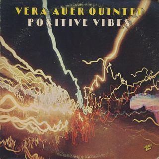 Vera Auer Quintet / Positive Vibes