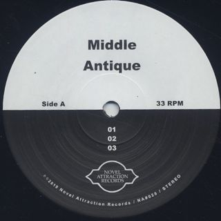 Middle / Antique label