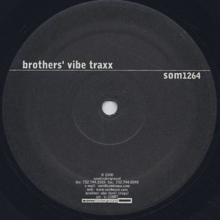 Brothers' Vibe Traxx / El Baile back